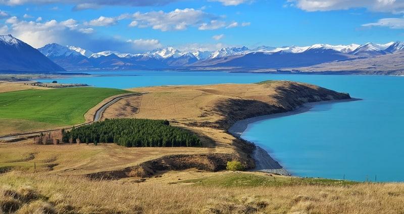 views of lake tekapo new zealand