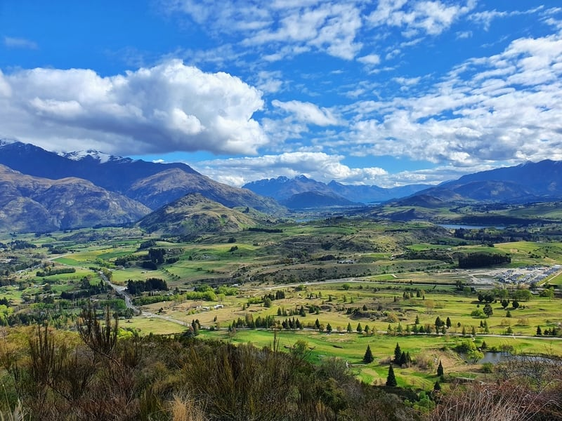 views over arrowtown from tobins track