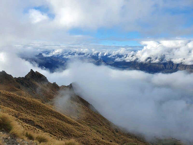 ridgelines while hiking isthmus peak